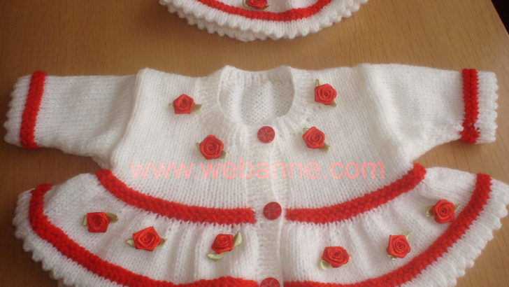 Kırmızı Beyaz Hırka