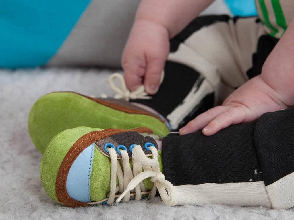 Çocuğum ne zaman ayakkabı giymeye başlamalı?
